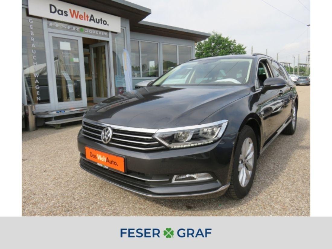 VW PASSAT VARIANT (Bild 1/25)